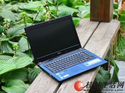 95成新,四核宏基高端笔记本,双显卡,320G硬盘,4G内存