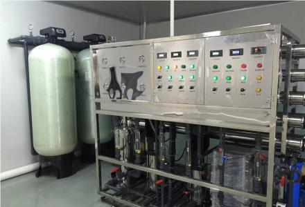 专业制造超声波清洗机,工业纯水机以及各种非标设备