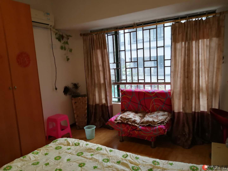 (可短租)三里店东环路水晶郦城小区3房2厅2卫2楼精装3台空调拎包入住