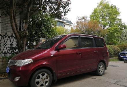 五菱宏光1.4排量家用车低价出售