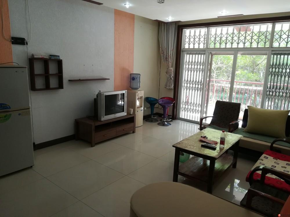 碧园印象桂林四房两厅步梯二楼156平米出租