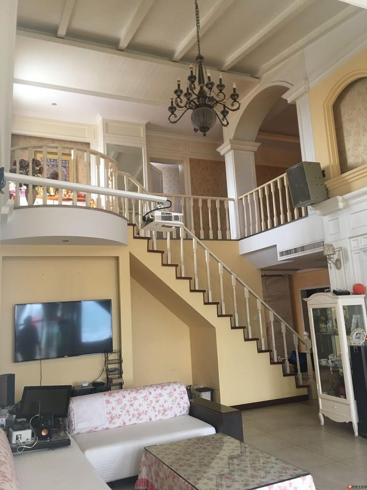 J东岸枫景 顶楼复式+车库家具全送 豪华装修 带露台花园