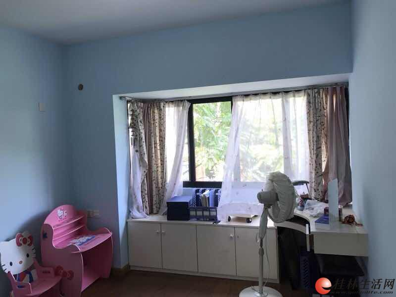 好房靓选!屏风澳洲花园旁澳洲假日精装3房!户型好采光足!