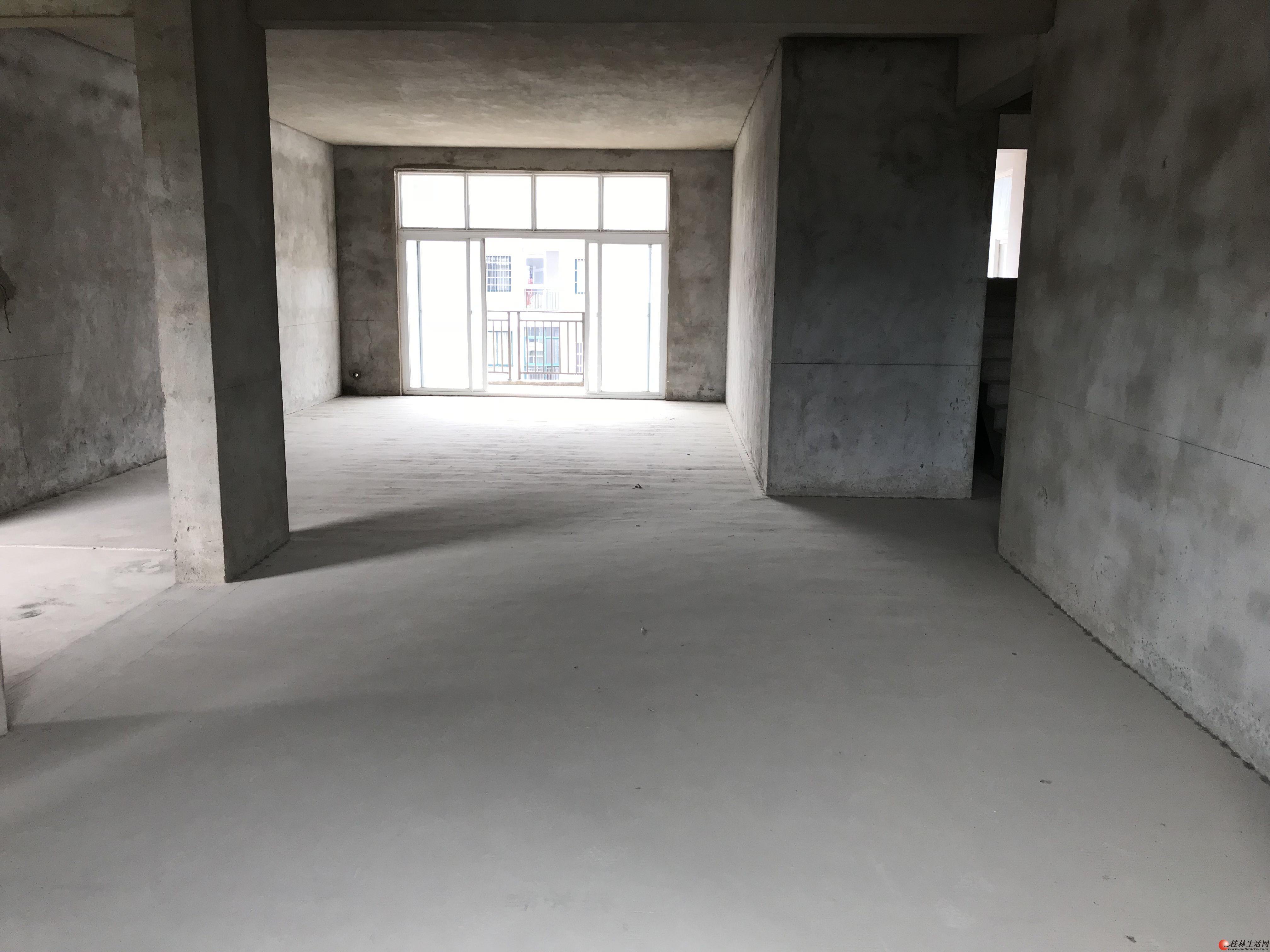临桂福邸嘉园500平方复式楼出租,毛坯房,可做仓库、办公、教育培训机构、午托