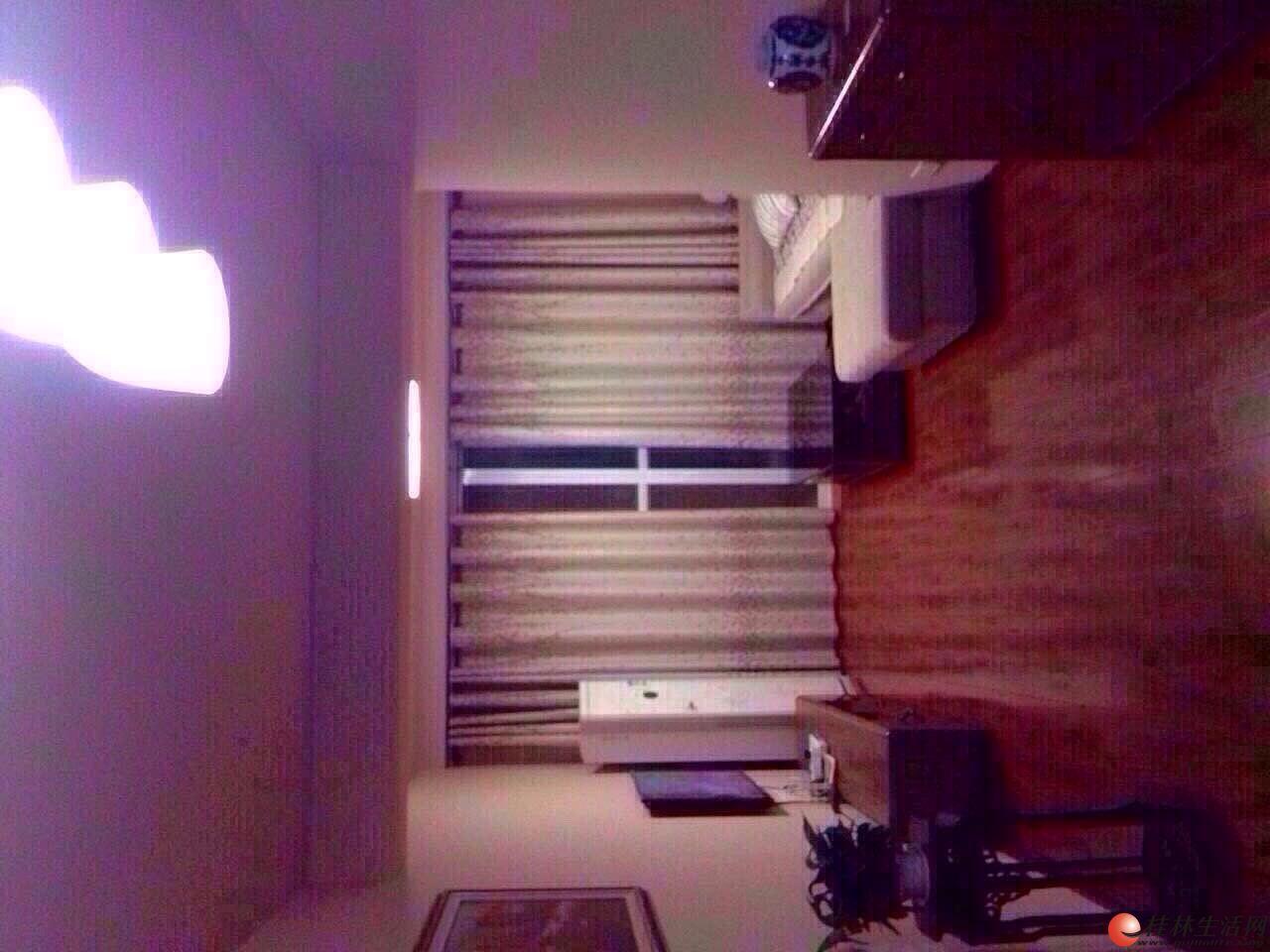 0七星区彰泰兰乔圣菲 2室2厅1卫 88平米 精装 电梯5楼 3300元