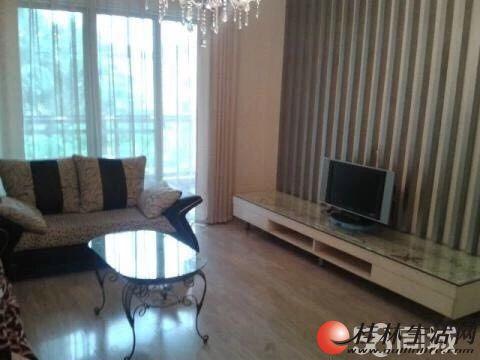 出售,世纪新城,2房2厅1卫,103平米,2楼带小平台,80万,精装修