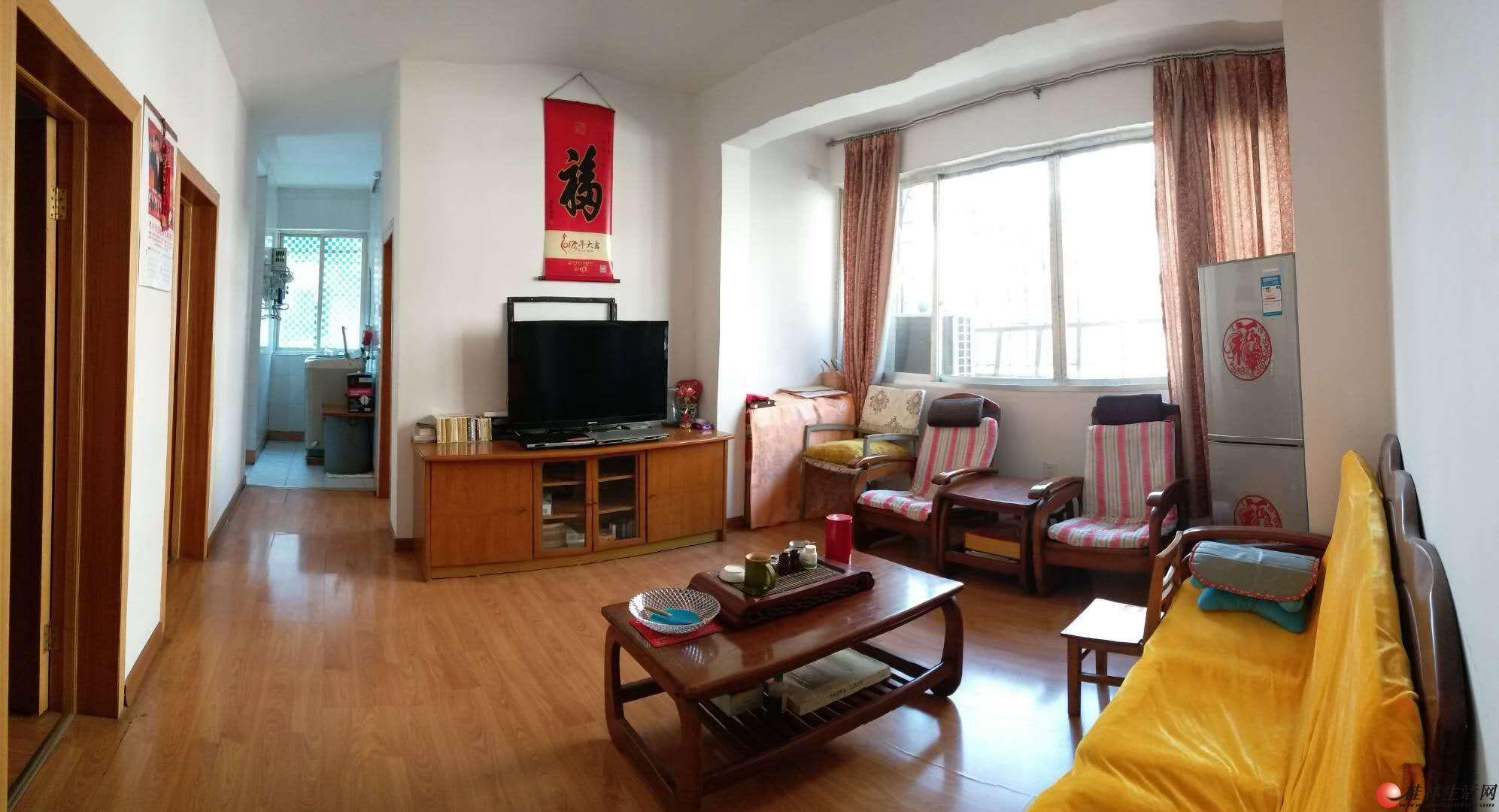 公园绿涛湾旁 3楼 精装2房 月租1200 拎包入住