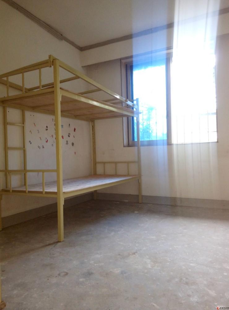 中华小学依人路正阳步行街6楼2房简装67平米带杂物间67万