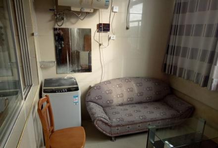 樱特莱庄园 精装1房1厅1卫 51平米 家电家具齐全 1200每月