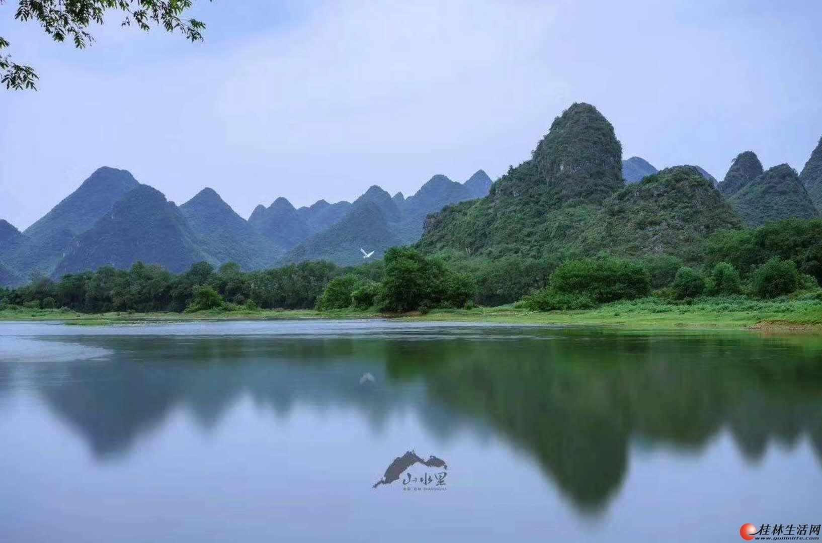 安厦世纪城亲水湾一线漓江江景独栋别墅占地约580平仅售1000万