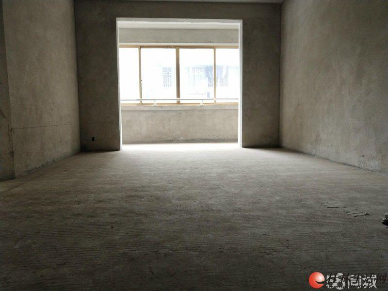 龙隐学区 公园绿涛湾 毛坯2房 85平米 70万 抢手货