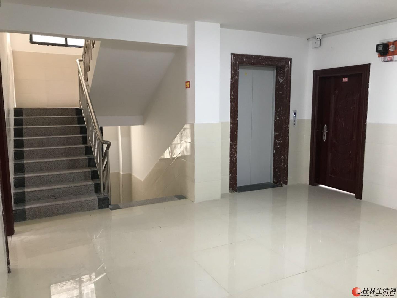 金鸡路.竹桥村:电梯房首次出租,欢迎来电咨询 看房!
