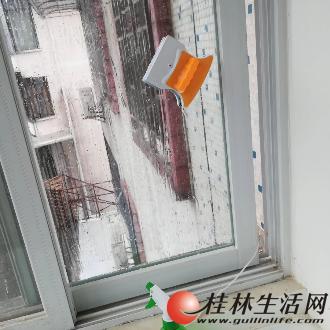 桂林专业承接开荒保洁日常保洁擦玻璃、地板打蜡、清洗地毯公司