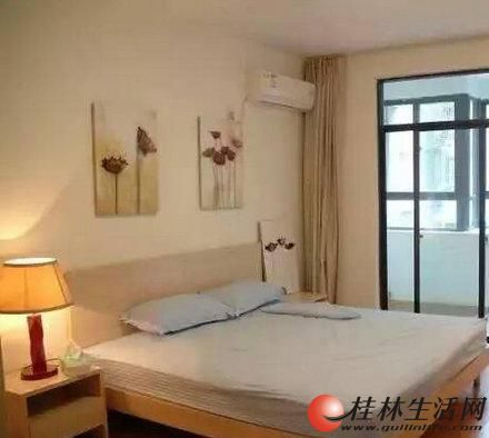 %投资首选 象山区 桂林南站 精装港湾一号酒店公寓,28万包过户。