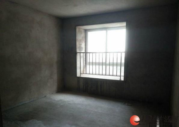 八里街 水岸新城 电梯房三房两厅两卫 清水 现房 115