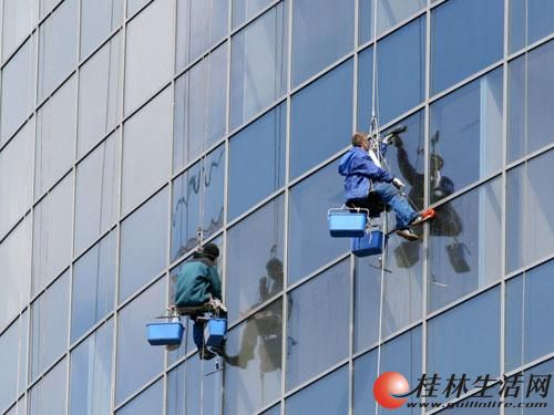 桂林全市专业外墙清洗、涂料、开荒保洁、地毯清洗服务公司