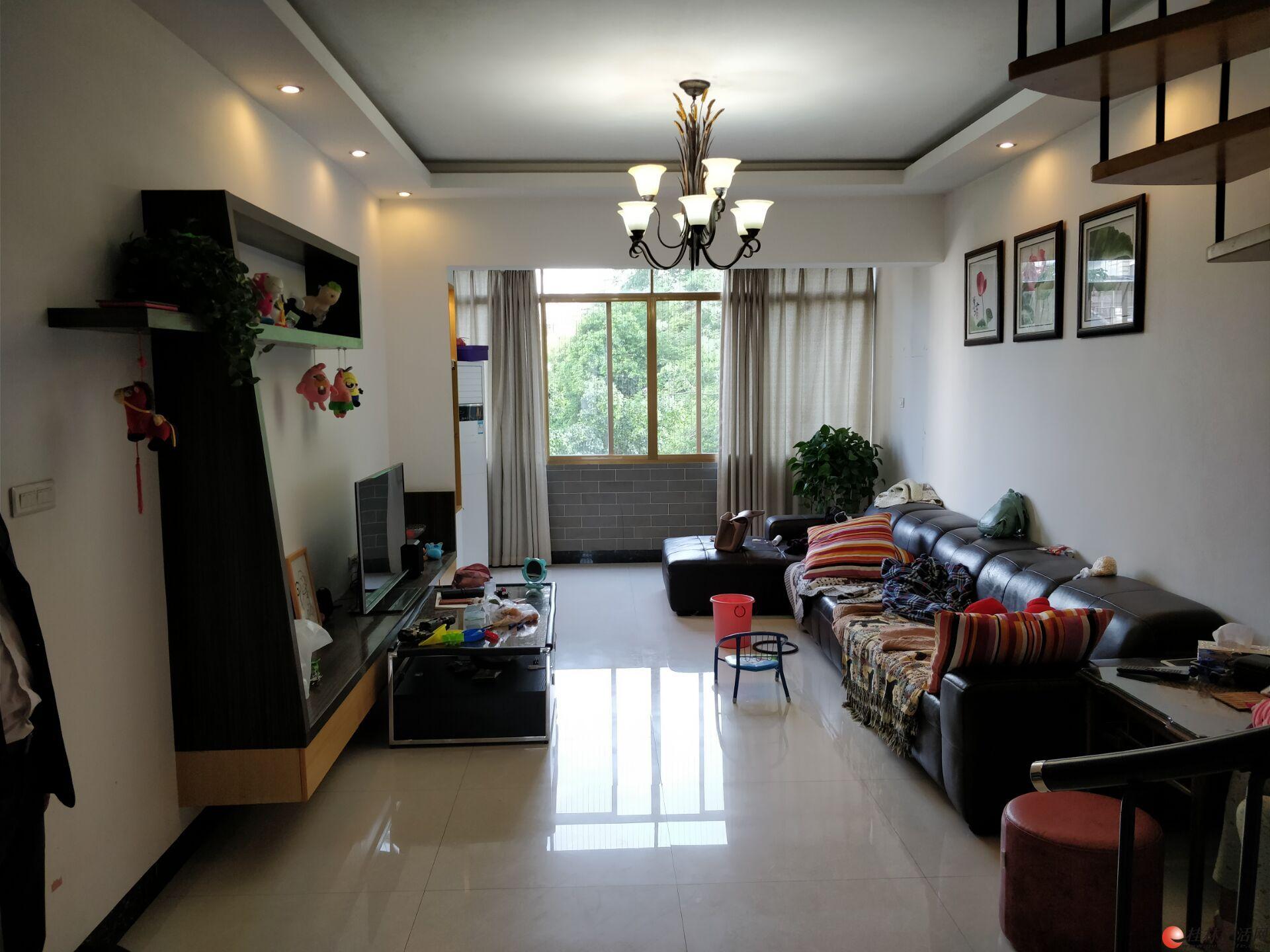 J公园绿涛湾东园复式精装3房150平 100万带阁楼露台