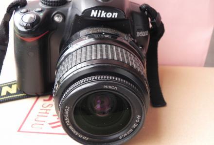 低价转让尼康D5000单反相机,