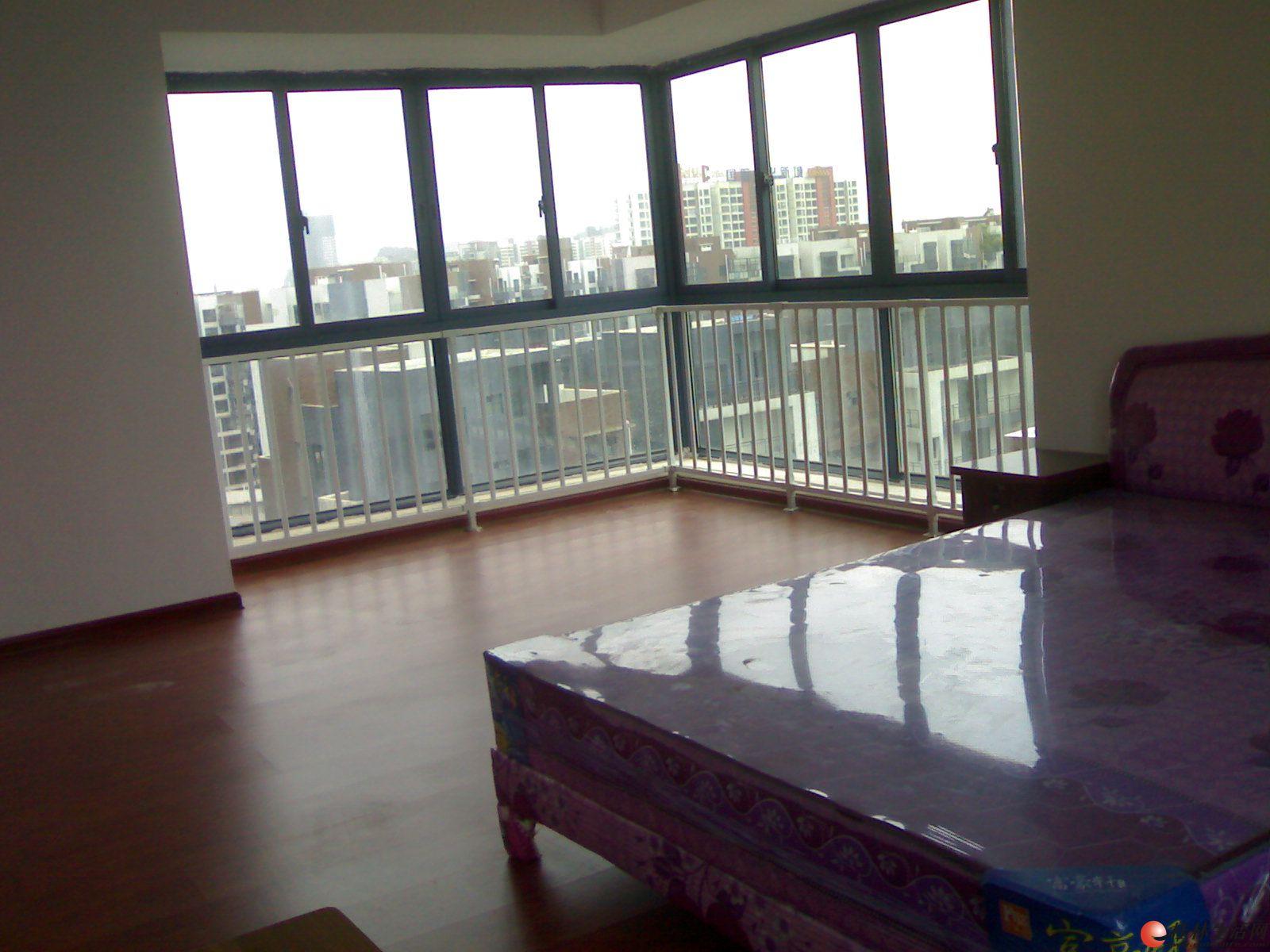 临桂碧园印象桂林3房2厅2卫  简单装修