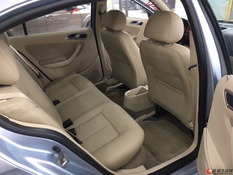 10年7月上牌的大众经典朗逸,桂林市一手私家车,手动,1.6排量,全车原版