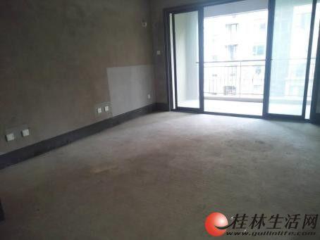 中海元居 清水3房2厅2卫 105平米 电梯房 75万诚售
