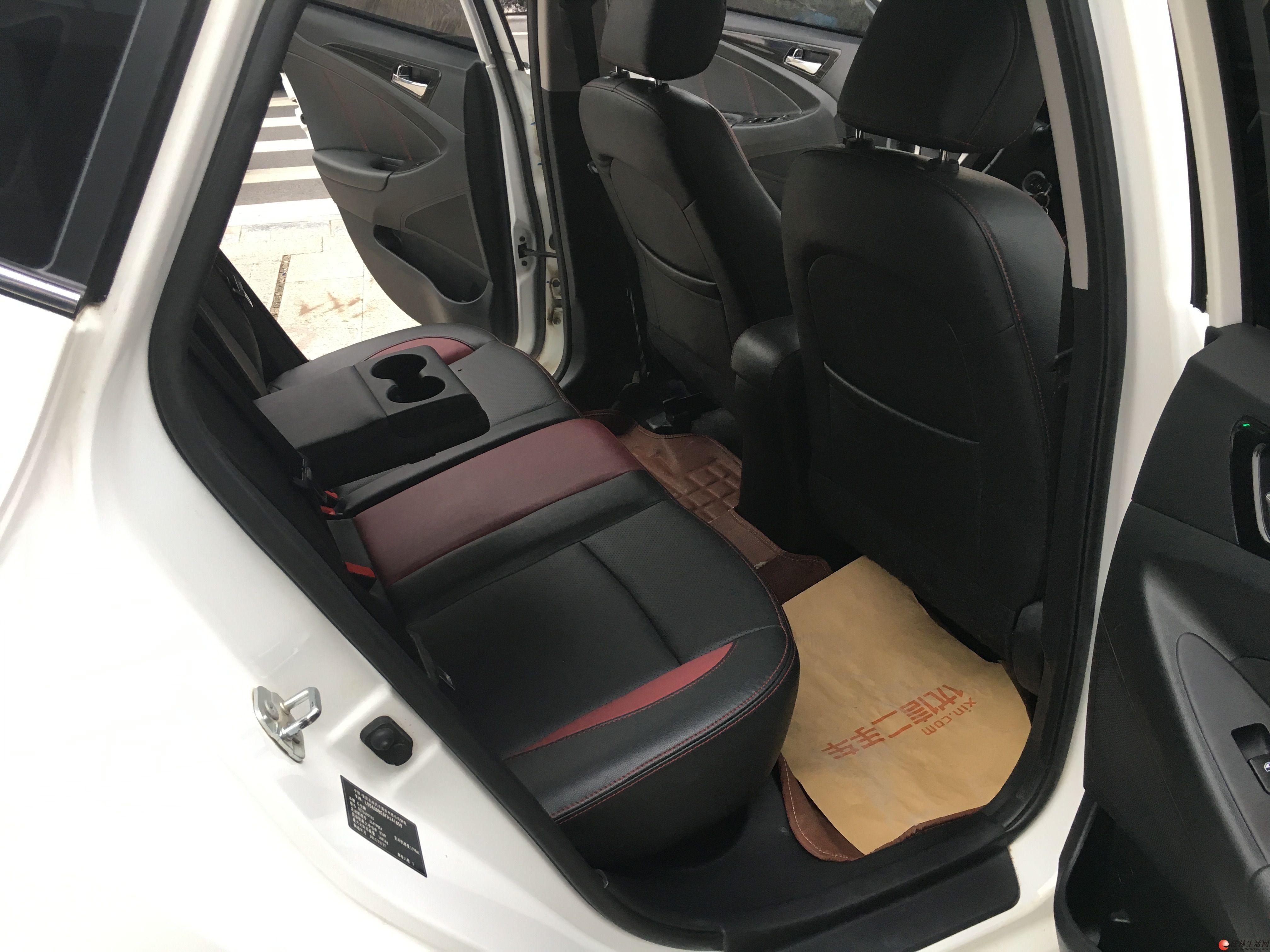 刚拿下极品2016年2月上牌的长安逸动XT 1.6手动 豪华版 ,1万多公里的准新车