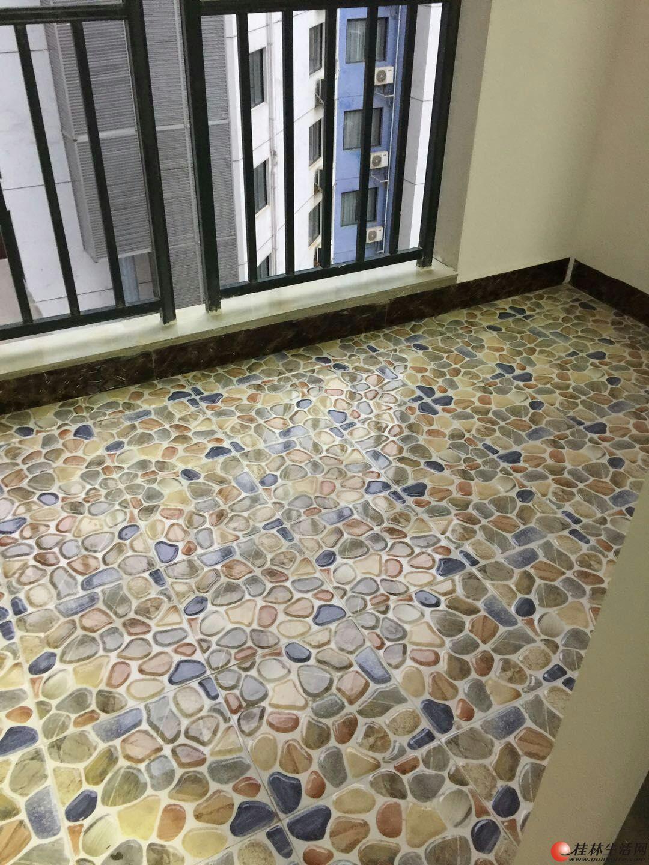 七星新城 精装3房2厅2卫 149平米 电梯高层3600每月 空调四台