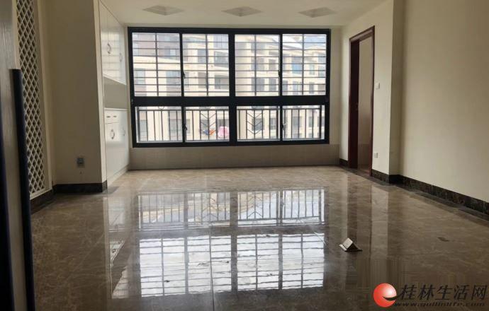 兴进臻园115平米精装修电梯房95万,