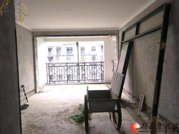 联发旭景 电梯6楼 清水 3房2厅2卫 三面采光