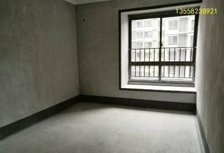 彰泰天街 150万 4室2厅2卫 毛坯含车位业主诚心出售!