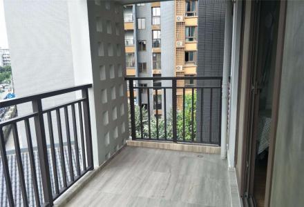桂林七星区万达广场旁彰泰春天优质房源出租  价廉房佳