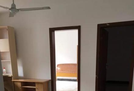 解放桥东教育局二房一厅全新家具家电出租