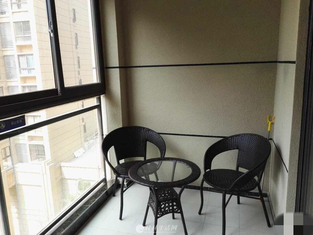 出租,万达华府,单间配套,50平米,电梯6楼,2000元/月,精装修