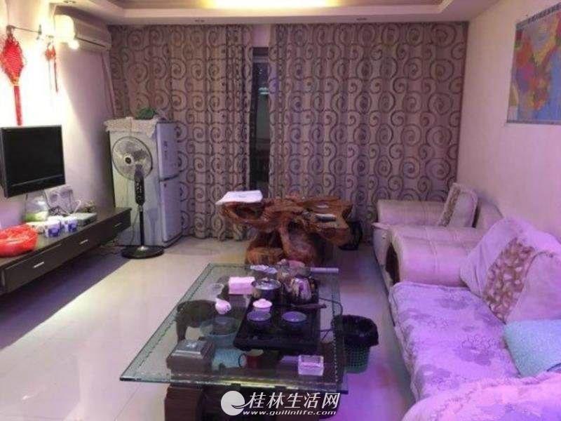 T学府世家,3房2厅2卫,5楼,125平米,精装修,家具齐全,2800元/月