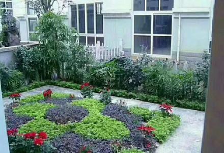 象山区翡翠山庄 市区内豪装别墅300平米带车库送花园260万