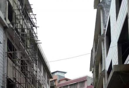 福源街已领不动产证未装修自建房