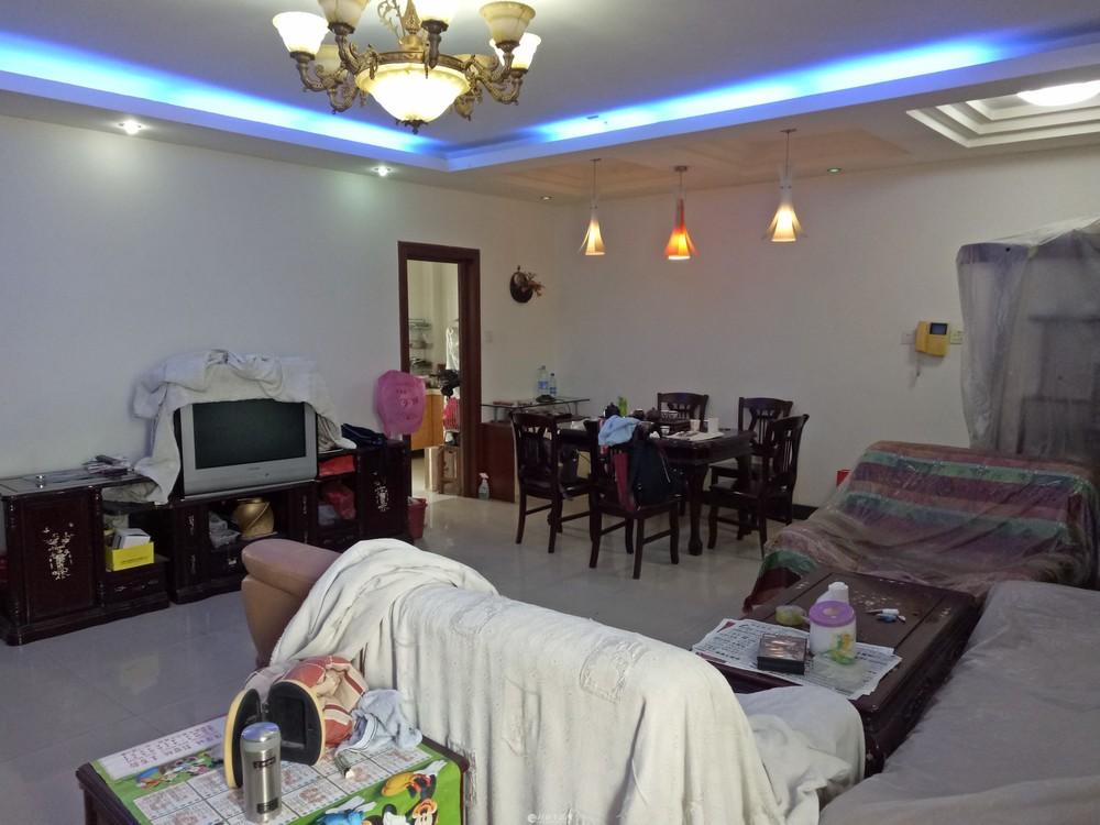 C象山区 上海路枫丹丽苑电梯视野开阔3房2厅85万送家具家电