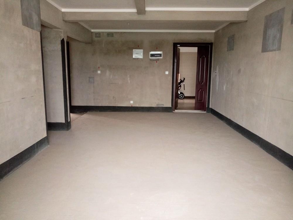三里店普陀路彰泰睿城11楼两层复式5房3厅3卫带露台208万