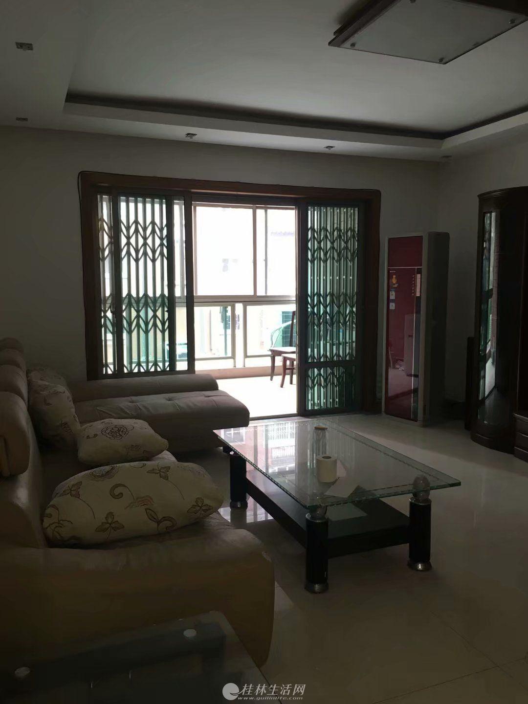 出租,世纪新城,3房2厅2卫,147平米,2楼,3500元/月,家具齐全,拎包入住