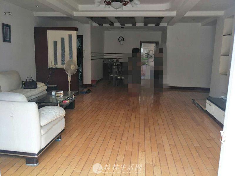 七星花园 紫竹苑精装3房2厅2卫 150平米 楼层好
