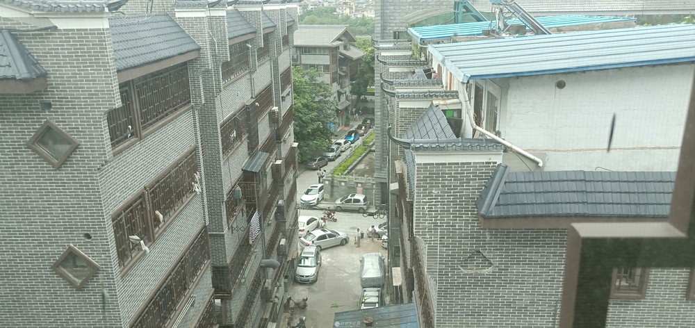 js急售中华学区王府花园122平米160万3房两厅两卫