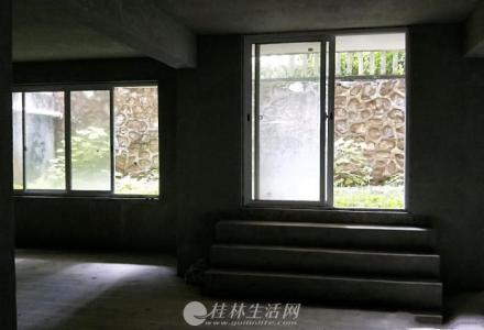 @七星区  彰泰兰乔圣菲  小区中央毛坯复式6房266平带30楼平花园