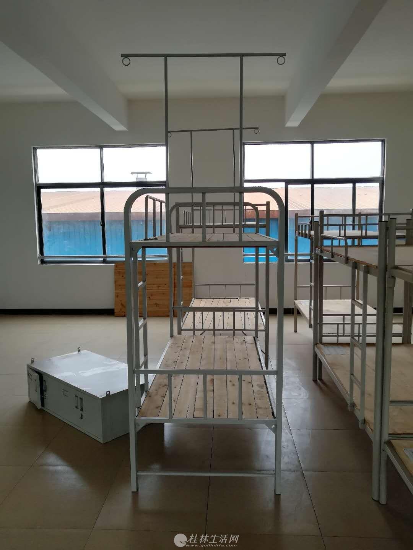 学生铁架床高低床,三层床
