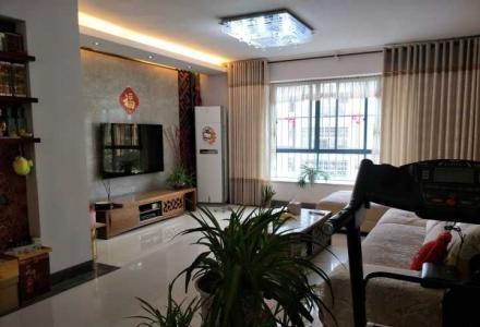 七星区东晖国际公馆旁兰乔圣菲旁碧水康城 4房2厅2卫+双阳台,电梯5楼132万 165平