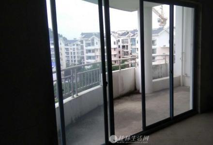 @七星区  碧水康城  楼梯7楼大三房145平95万秒杀房源 错过就没有下套
