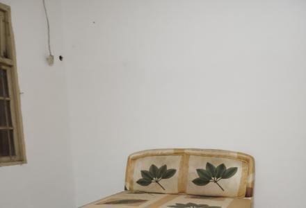 信义路九岗岭小区2楼一房一厅50平米出租700元