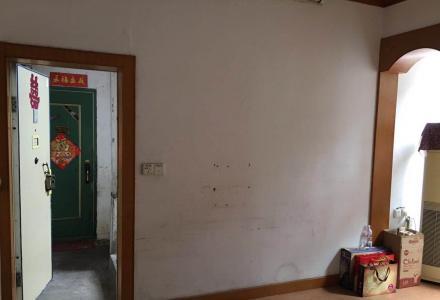 橡胶厂宿舍4楼两房一厅60平米19万