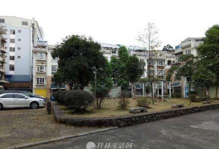三里店 富人圈 世和家园 英才小,学 3层楼联排别墅仅一百多万