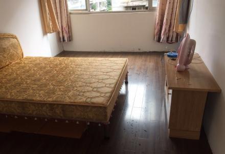 桂湖花园2房1厅便宜出租了