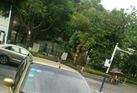 09年奇瑞QQ自用车一辆